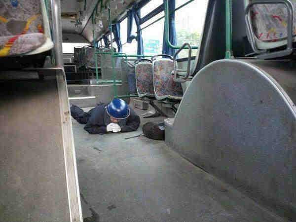 坐公交谎称有炸弹